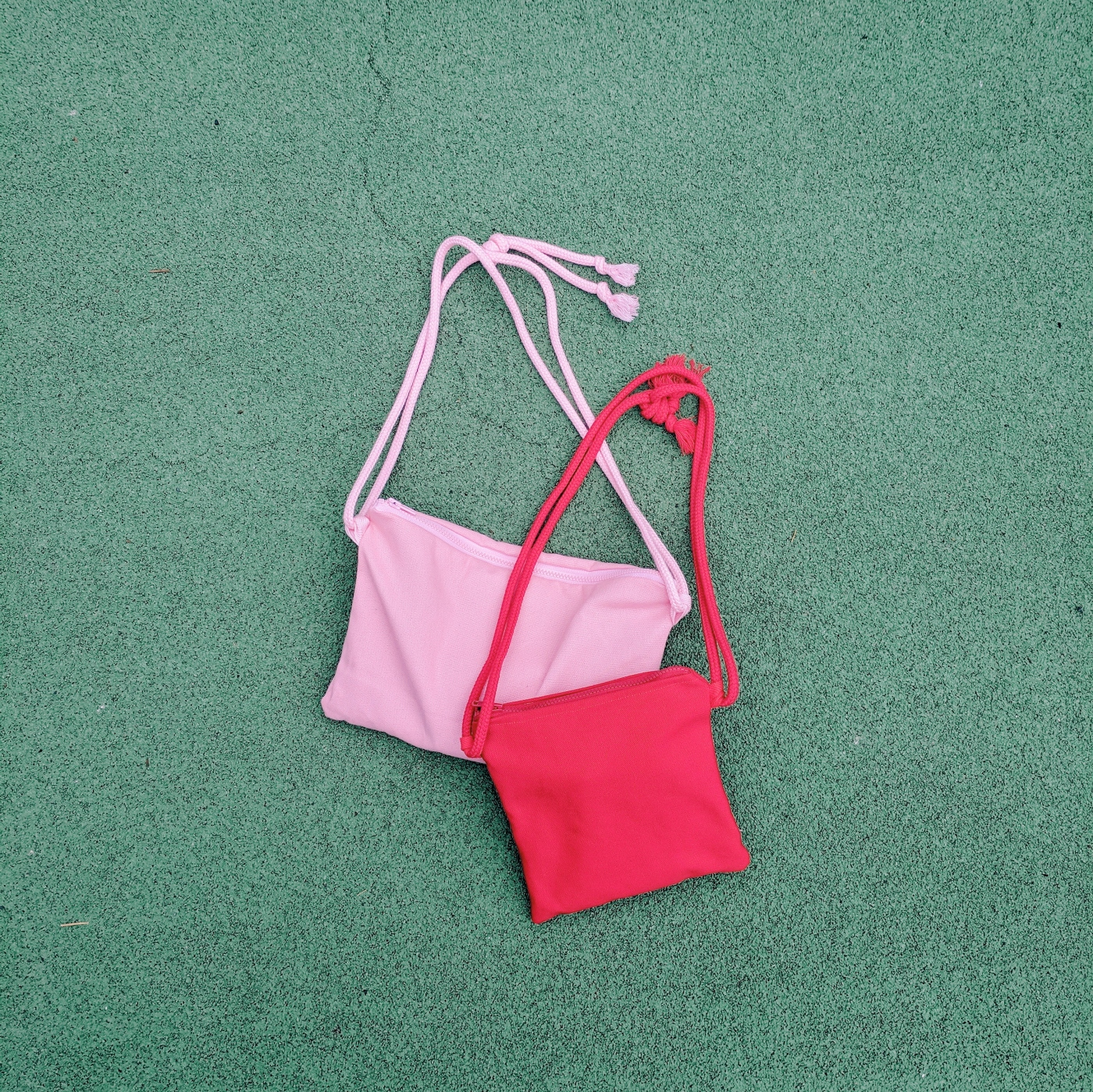 DIY Daisy Pocket Bag